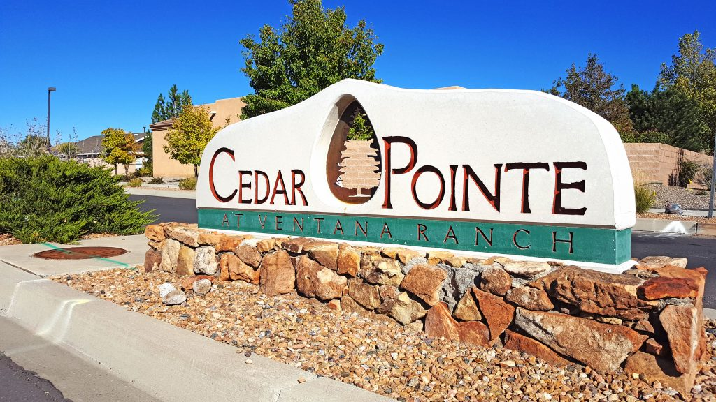 Cedar Pointe Neighborhood Sign