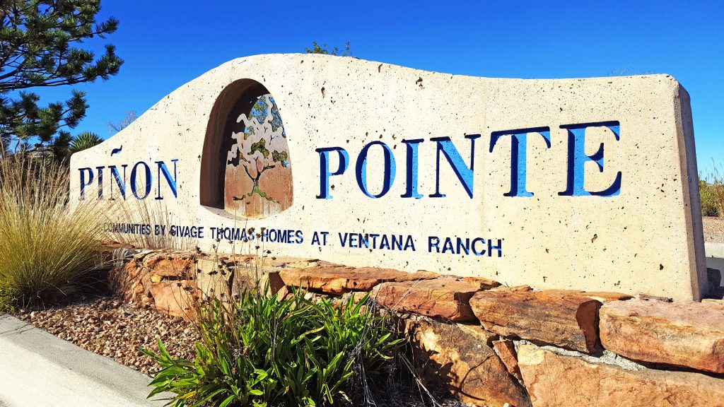 Piñon Pointe Neighborhood Sign